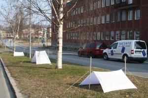 Hyresgästföreningen tältar utanför stadshuset
